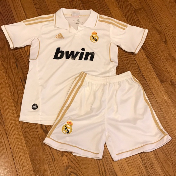 huge selection of 7b939 88f71 YM Real Madrid Set